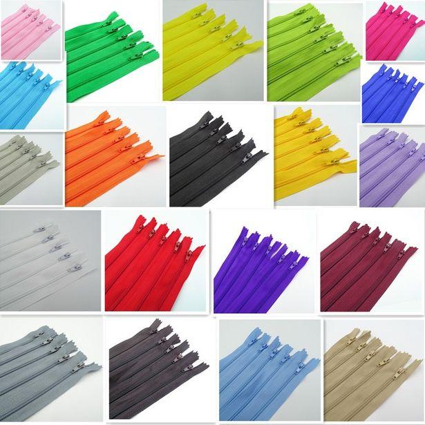 Oferta de Cremalleras de bobina de nailon para ropa por 0,7€