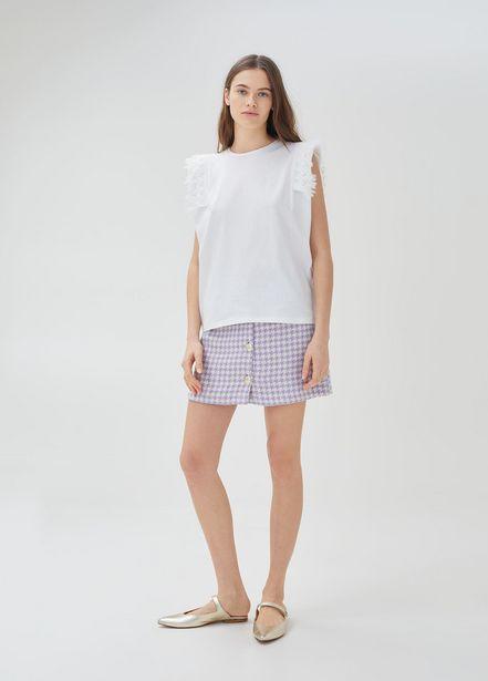 Oferta de Camiseta con detalles de encaje por 58€