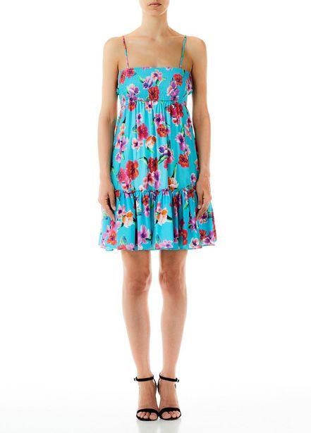 Oferta de Vestido corto con flores por 82€