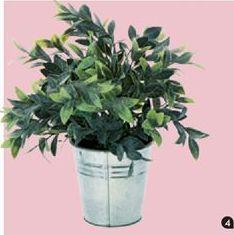 Oferta de Surtido Planta artificial ZINC por 8,99€