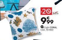 Oferta de Cojín decorativo Coral por 9,99€