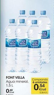 Oferta de FONT VELLA Agua mineral, 1,5 L por 0,6€
