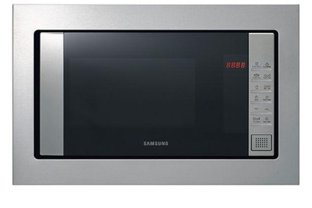 Oferta de Hornos-microondas encastrable con grill 23L 800W/Grill 1100W FG87SSTX por 149€