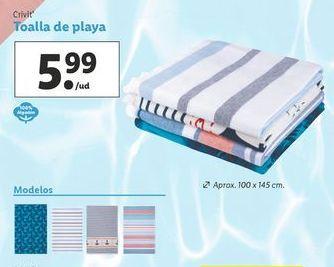 Oferta de Toalla de playa Crivit por 5,99€