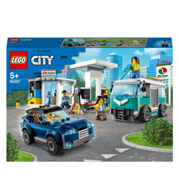 Oferta de Lego City Gasolinera- 60257 por 44,99€