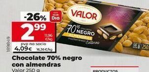 Oferta de Chocolate 70% negro con almendras VALOR por 2,99€