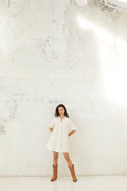 Oferta de Vestido camisero volumen bordado suizo por 34,99€