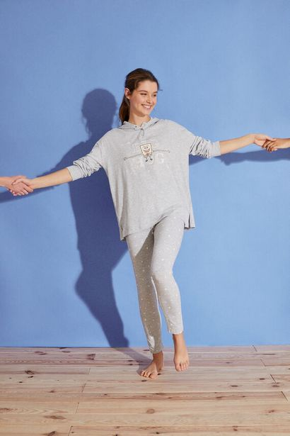 Oferta de Pijama largo capucha Bob Esponja 100% algodón por 17,99€