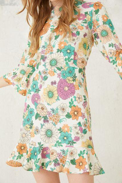 Oferta de Vestido escote espalda flor retro por 39,99€