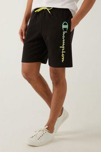Oferta de Pantalón corto logo vertical por 24,5€