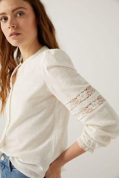 Oferta de Blusa romántica detalles crochet por 7,99€