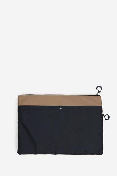 Oferta de Funda ordenador portátil nylon por 15,99€