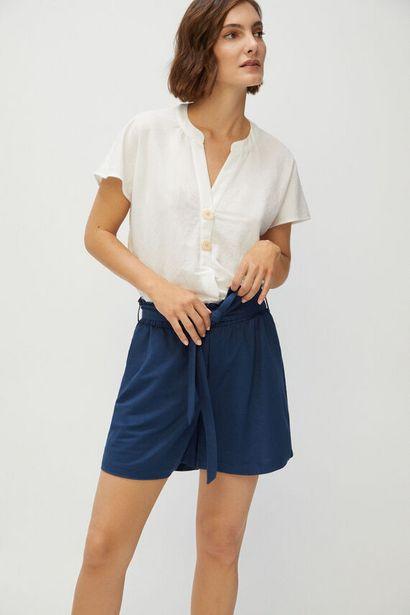 Oferta de Pantalón corto con cinturón por 14,99€