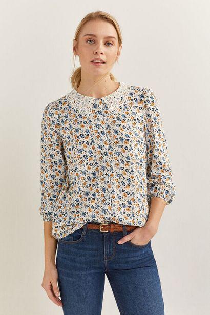 Oferta de Blusa cuello crochet por 6,99€
