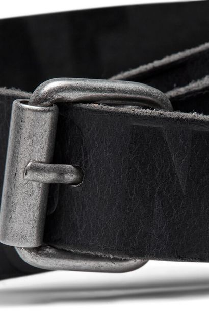 Oferta de Cinturón piel logo por 17,49€
