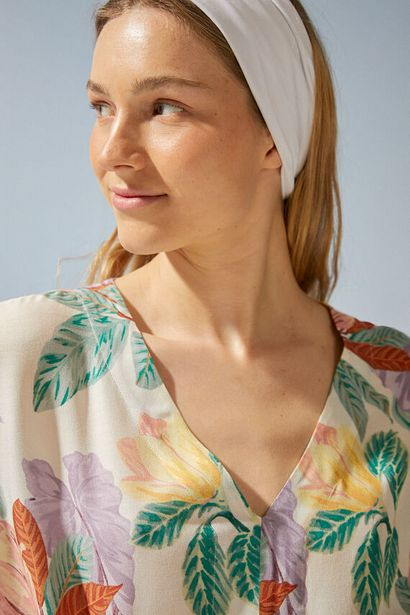 Oferta de Vestido- túnica estampado tropical por 23,99€