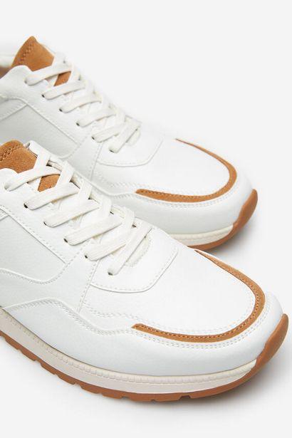 Oferta de Zapatilla urban blanca por 42,99€