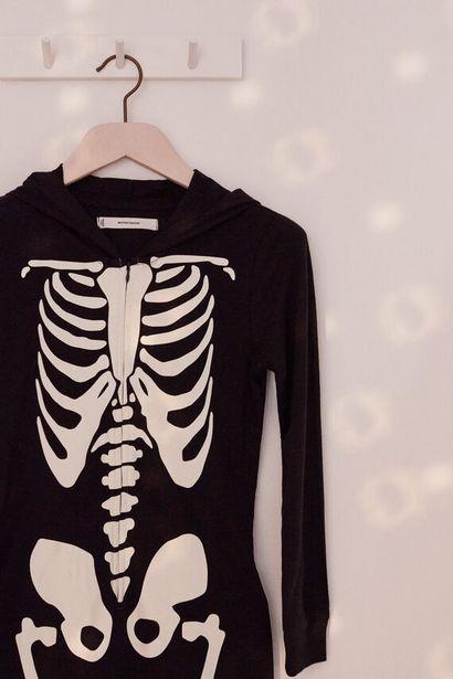 Oferta de Mono esqueleto kids algodón por 21,99€