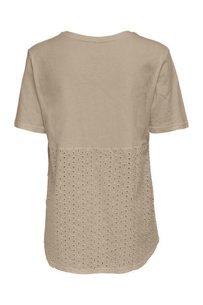 Oferta de Camiseta de mujer de manga corta por 12,49€
