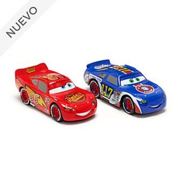 Oferta de Set vehículos a escala Rayo McQueen y Ralph Carlow, Disney Store (2 u.) por 22,9€