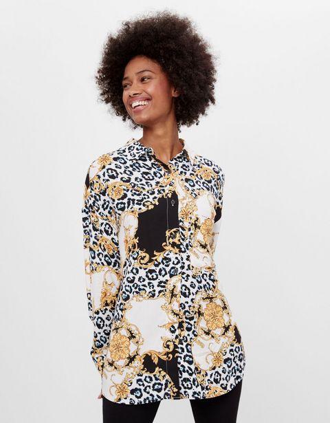 Oferta de Camisa oversize print por 3,99€