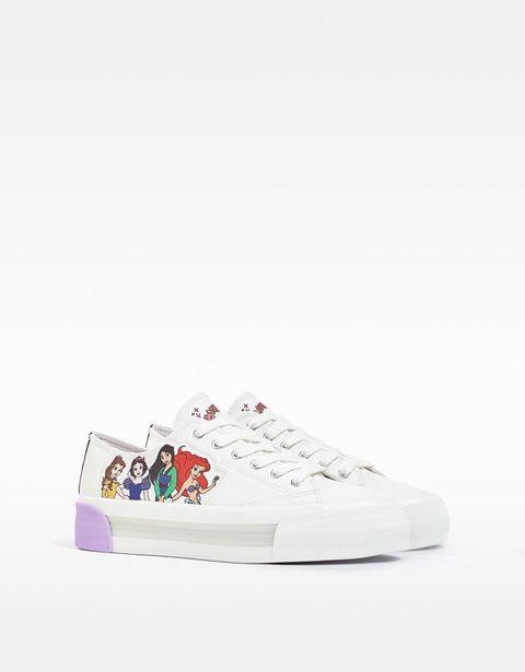 Oferta de Zapatillas grabadas princesas por 7,99€
