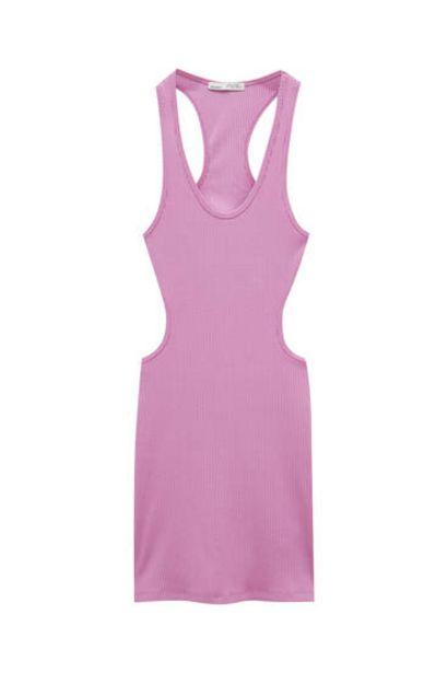 Oferta de Vestido corto cut out ajustado por 7,99€