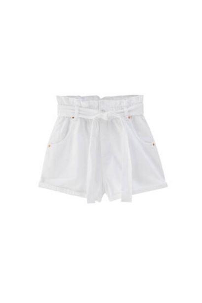 Oferta de Short paperbag cinturón por 9,99€