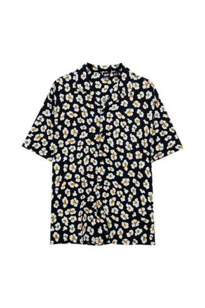 Oferta de Camisa print huevos fritos por 9,99€