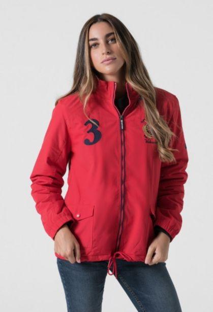 Oferta de Cazadora roja escudo mujer por 75,15€