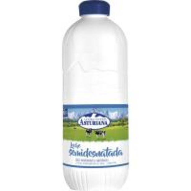 Oferta de Leche semidesnatada ASTURIANA, botella 2,2 litros por 1,59€