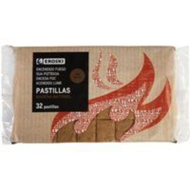 Oferta de Pastilla de encendido de madera natural EROSKI, pack 32uds por 0,99€