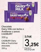 Oferta de Chocolate Diary Milk con leche o Avellanas y pasas CADBURY por 3,25€