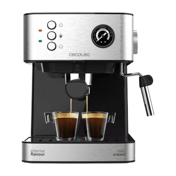 Oferta de Cafetera express por 64,99€
