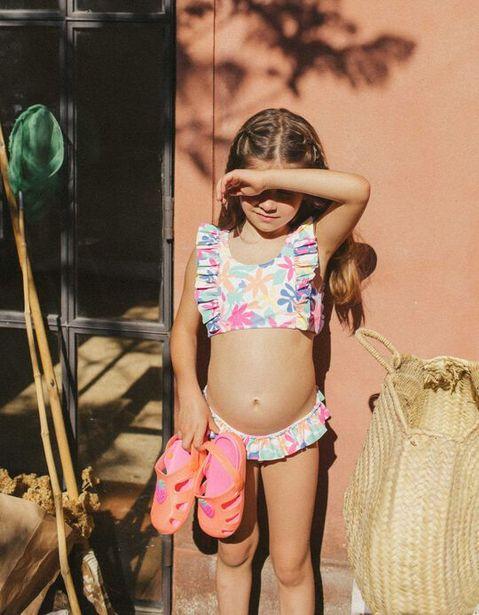 Oferta de Bikini Protección UV 80 para Niña 'Flowers', Blanco por 9,99€
