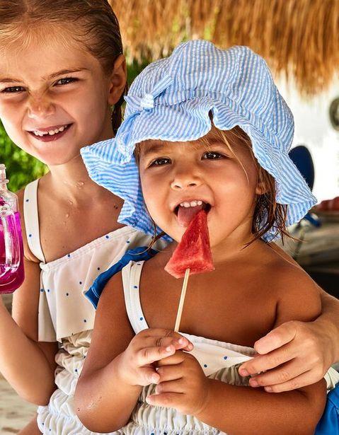Oferta de Sombrero para Niña a Rayas, Azul y Blanco por 9,99€