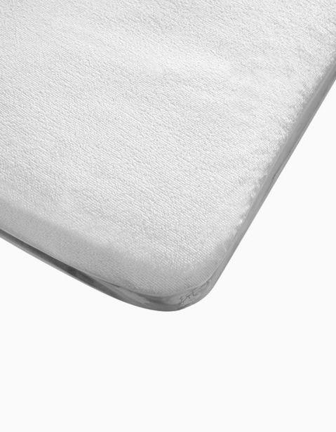 Oferta de Protector De Colchón Impermeable Para Cuna 120x60cm Interbaby Blanco por 5,59€