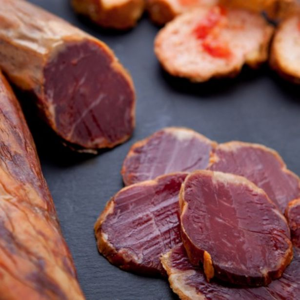 Oferta de Lomo de bellota ibérico, artesano, elaborado con las mejores carnes del cerdo (150 g) por 10,55€