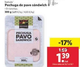 Oferta de Pechuga de pavo Realvalle por 1,39€