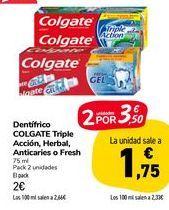 Oferta de Dentífrico Colgate Triple Accion, Herbal, Anticaries o Fresch por 2€