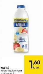 Oferta de NESTLÉ Yogur líquido fresa y plátano por 1,6€