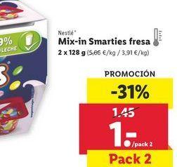 Oferta de Mix- in Smarties fresaNestlé por 1€