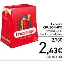 Oferta de Cerveza CRUZCAMPO  por 2,43€