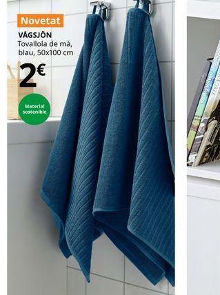 Oferta de Toalla de mano azul, 50 x 100 cm VAGSJON por 2€