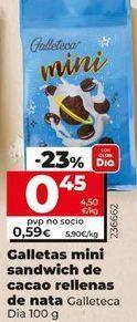 Oferta de Galletas mini sandwich de cacao rellanas de nata por 0,45€