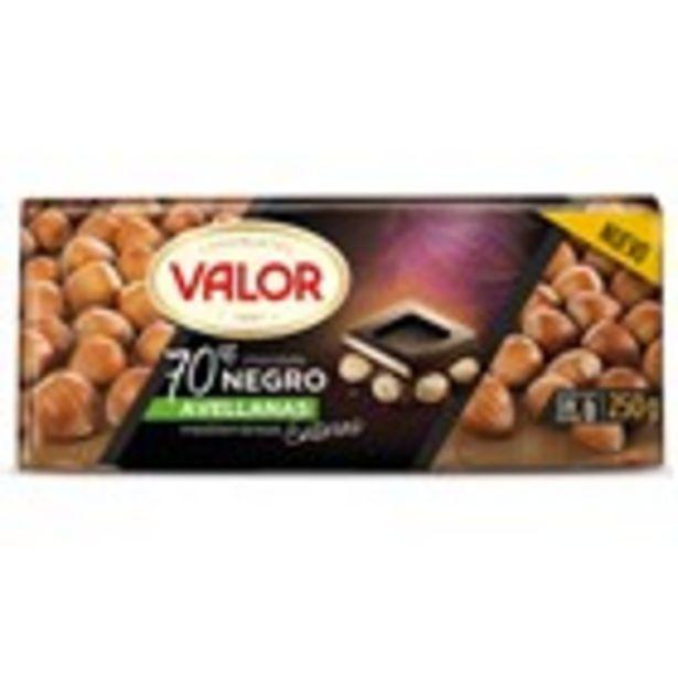 Oferta de Xocolata negra 70% amb avellana VALOR, 250 grams por 2,99€