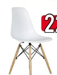 Oferta de PACK 4 SILLAS YURI BL + MESA BL por 22€