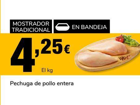 Oferta de Pechuga de pollo entera  por 4,25€