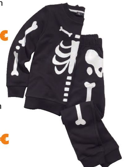 Oferta de Chandal infantil Halloween por 15€