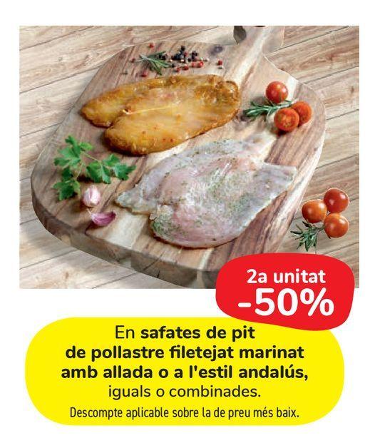 Oferta de En bandejas de pechuga de pollo fileteado marinado ajillo o al estilo andaluz por